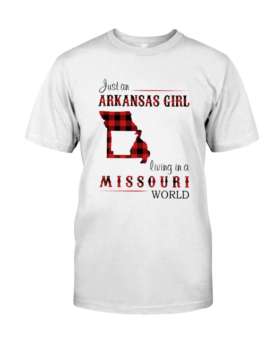 ARKANSAS GIRL LIVING IN MISSOURI WORLD Classic T-Shirt