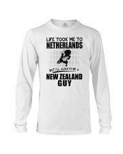 NEW ZEALAND GUY LIFE TOOK TO NETHERLANDS Long Sleeve Tee thumbnail