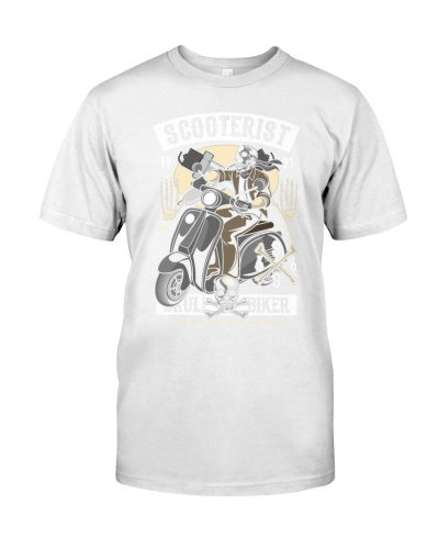 Scooterist skull biker