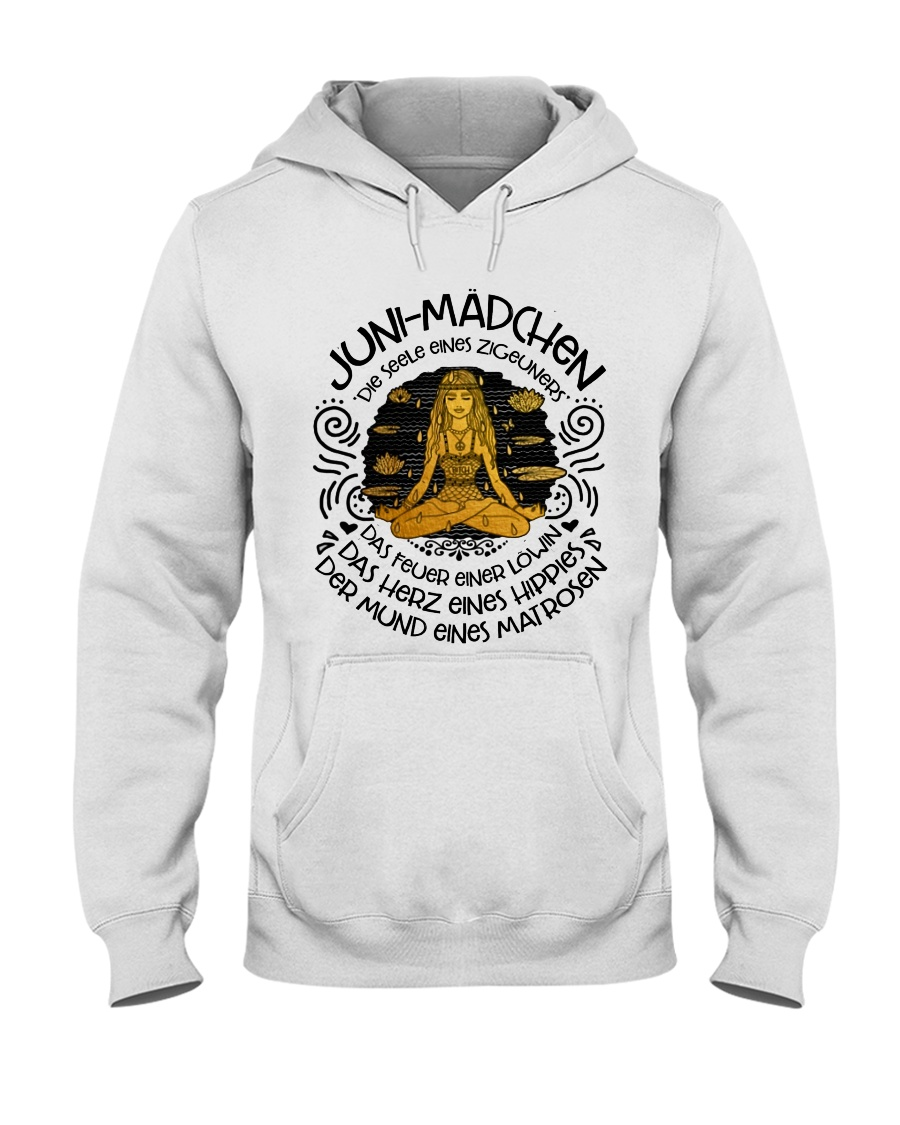 JUNI-MANCHEN Hooded Sweatshirt