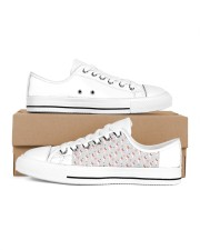 MAU collection2 Women's Low Top White Shoes thumbnail