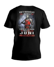 Juni V-Neck T-Shirt tile