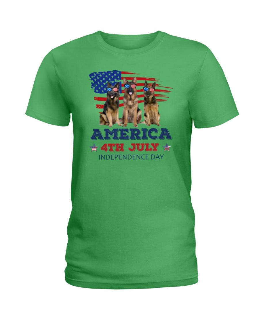 4th July German Shepherd Ladies T-Shirt