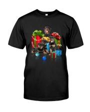 PHOEBE - Rottweiler Gift Christmas - 3110 - A19 Classic T-Shirt thumbnail