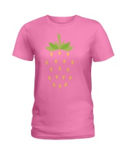 Strawberry Lazy Costume Funny Halloween Spooky Pun Ladies T-Shirt thumbnail