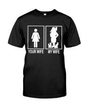 MY WIFE LOVE CATS Classic T-Shirt thumbnail