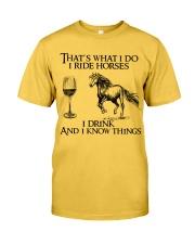 I Ride Horses Classic T-Shirt front