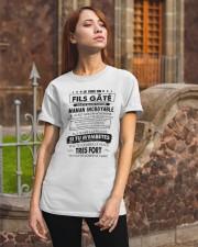 ÉDITION LIMITÉE Classic T-Shirt apparel-classic-tshirt-lifestyle-06