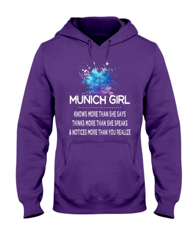 Munich girl knows more than
