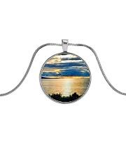 Sunrise Metallic Circle Necklace thumbnail
