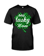 One lucky mom Classic T-Shirt thumbnail