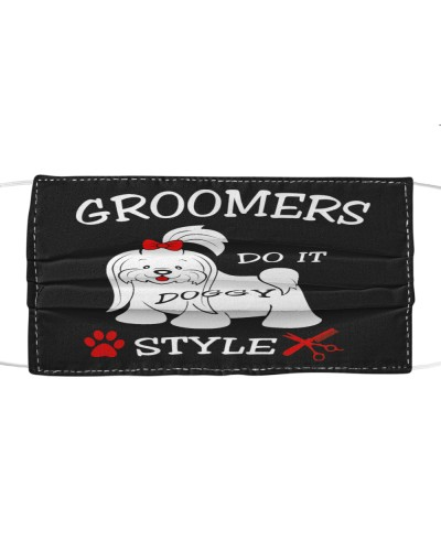 Groomers Do It  Cloth Mask