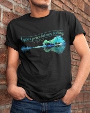 I Got A Peaceful Easy Feeling A0014 Classic T-Shirt apparel-classic-tshirt-lifestyle-26