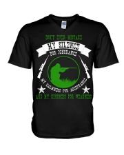 i am sniper gamer V-Neck T-Shirt thumbnail