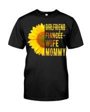 WIFE MOMMY Classic T-Shirt front