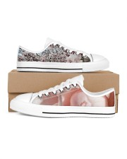 Soft Pink Floral Print Women's Low Top White Shoes tile