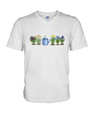 GARDEN JARDIN  V-Neck T-Shirt tile