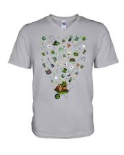 GARDEN PAPA PAPI - PRINT TWO SIDED - PERFECT GIFT  V-Neck T-Shirt thumbnail
