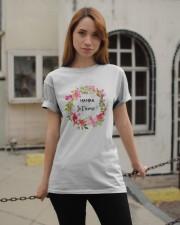 UNE SEULE MAMAN  Classic T-Shirt apparel-classic-tshirt-lifestyle-19