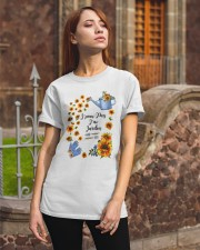 TOURNESOL - PRINT TWO SIDED - PERFECT GIFT  Classic T-Shirt apparel-classic-tshirt-lifestyle-06