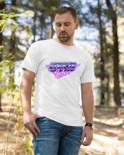 Beste Leben 80s Shirt Hoodies Sweatshirts Classic T-Shirt apparel-classic-tshirt-lifestyle-front-49