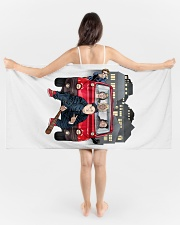 Multipla Gang Badetuch Strandtuch Beach Towel aos-tc-beach-towels-lifestyle-front-01