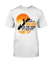 hiking anh Classic T-Shirt tile