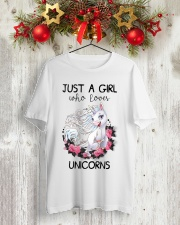Just A Girl Who Love Unicorns Classic T-Shirt lifestyle-holiday-crewneck-front-2