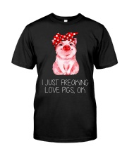 Farmer freaking love pigs Classic T-Shirt front