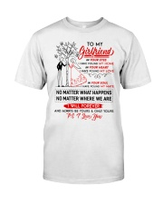 Family Girlfriend In Your Eyes I Have Found My Hom Classic T-Shirt thumbnail