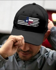 Texas State Black And White American Flag Embroidered Hat garment-embroidery-hat-lifestyle-01