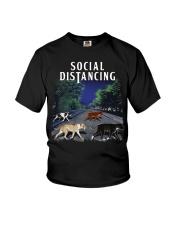 Social Distancing Pitbull Social Distancing Youth T-Shirt thumbnail