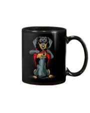 i love mom chest tattoo dachshund Mug thumbnail