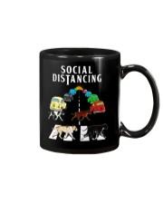 Social Distancing Pitbull Mug thumbnail
