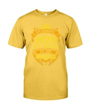 h-diciembre-78 Classic T-Shirt front