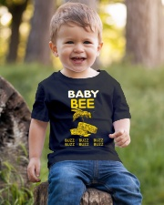 BABY BEE T-SHIRT BUZZ BUZZ BUZZ  Youth T-Shirt lifestyle-youth-tshirt-front-4