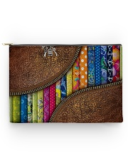Love quilting Accessory Pouch tile