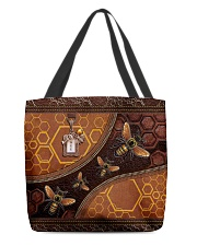 Bee A Queen Leather Pattern Print All-over Tote back