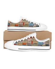 pharmacy-vintage-label Men's Low Top White Shoes inside-right-outside-right