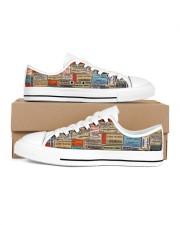 pharmacy-vintage-label Women's Low Top White Shoes tile