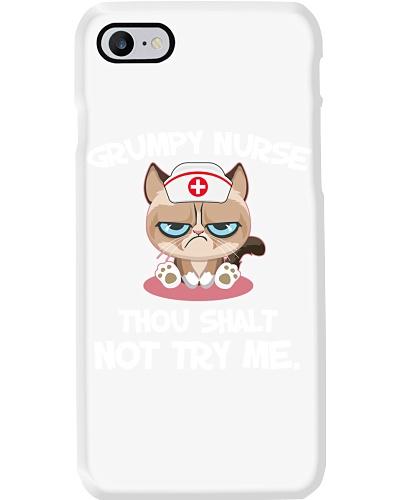 nurse-grum-cat