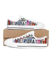 shoe plate respiratory Women's Low Top White Shoes tile