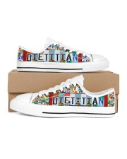 shoe plate dietitian Men's Low Top White Shoes inside-right-outside-right