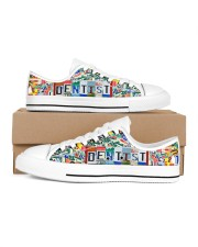 shoe plate dentist Men's Low Top White Shoes inside-right-outside-right