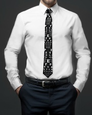 too-close-chart-tie Tie aos-tie-lifestyle-front-01