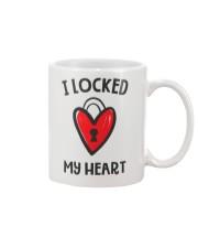 Couple Looked Key Mug thumbnail