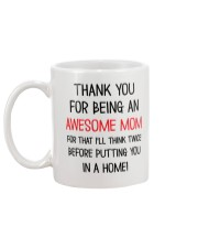 Being An Awesome Mom Mug back