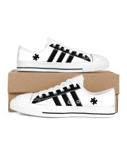 Autism awareness black and white shoes Men's Low Top White Shoes inside-right-outside-right