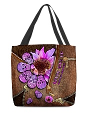 Never give up All-over Tote front