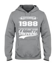 Septiembre 1988 Hooded Sweatshirt thumbnail